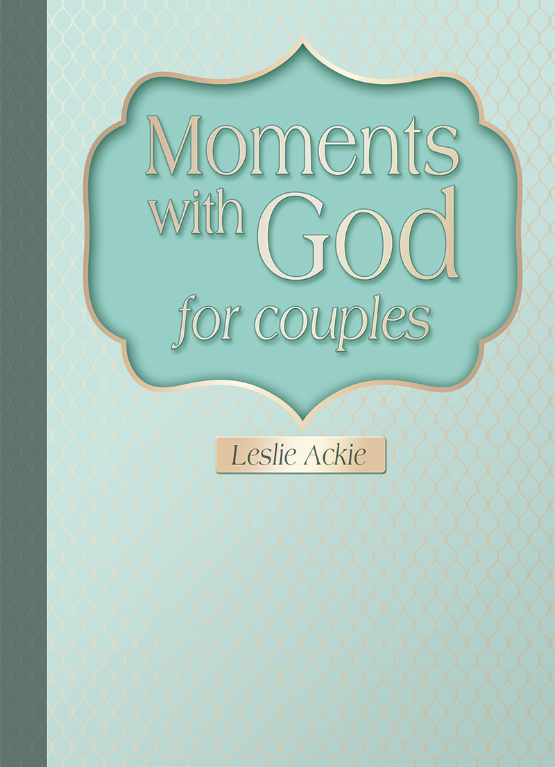 Moments with God for Couples - LifeSource Christian Bookshop